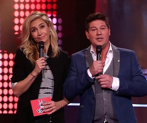 De TV van gisteren: NPO 1 nadert RTL 4 op Voice-avond