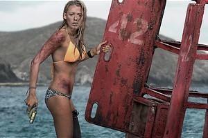 Blake Lively gaat surfen