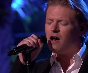 Videosnack: Thomas Berge zingt Arcade in Beste Zangers Songfestival