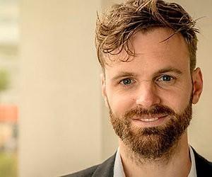 Kijkers ontvangen Tim Hofman enthousiast bij Op1