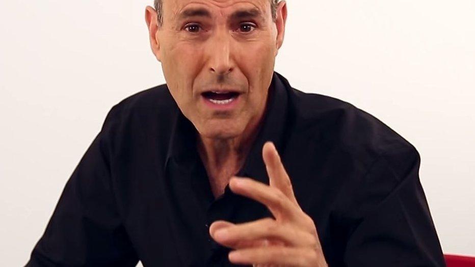 Uri Geller reageert op vroegtijdig schrappen MindMasters Live