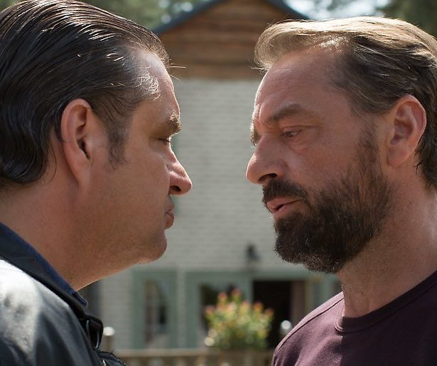 Hervatting opnames derde seizoen Undercover op losse schroeven