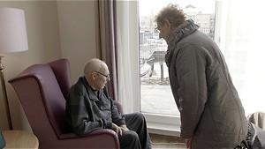Hoe dementie harten breekt in Uit elkaar!!