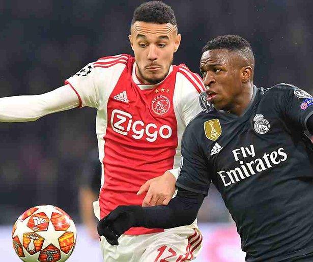 De TV van gisteren: Ajax delft het onderspit