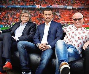 Voetbalblad VI en tv-programma Voetbal International uit elkaar