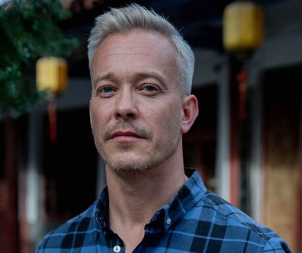 Claes Iversen is de eerste kandidaat van Wie is de Mol 2020