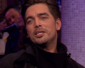 YouTube-hit: Waylon zingt I Wanna Know What Love Is