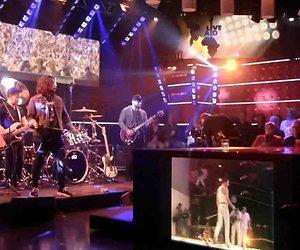 De TV van gisteren: 1,4 miljoen voor DWDD met Waylon